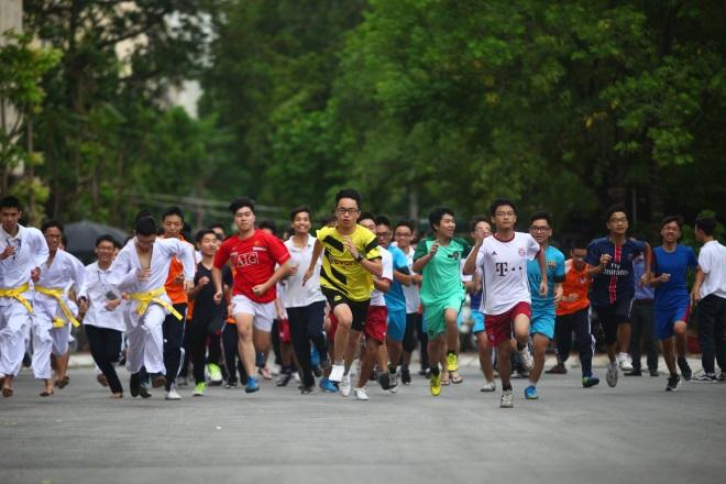 """Khai mạc Giải chạy """"Báo Hà Nội mới"""" lần thứ 43"""