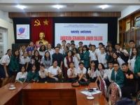 Niềm vui hân hoan trong buổi gặp gỡ đầu tiên với đoàn Trường Anderson Serangoon Junior College (Singapore)