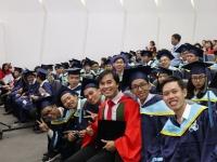 """Giáo sư trẻ nhất Việt Nam gây bão mạng với quan điểm về """"trường chuyên"""", phụ huynh rầm rầm bình luận: Quá tuyệt vời!"""