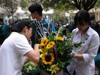 Những đóa hoa rực rỡ chào mừng ngày Quốc tế Phụ nữ 8-3