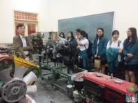Giờ học thú vị tại Khoa Sư phạm Kĩ thuật của học sinh khối 11