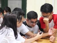 """Buổi sinh hoạt đáng nhỡ giữa đoàn học sinh Raffles Institution với các """"thủ lĩnh trẻ"""" của Trường Nguyễn Tất Thành"""