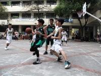 Giải bóng rổ trường Nguyễn Tất Thành: Đầy kịch tính và căng thẳng