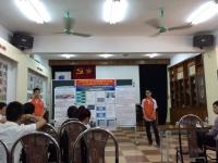 Các nhóm tham dự hội thi nghiên cứu khoa học kĩ thuật toàn quốc báo cáo trước Hội đồng khoa học