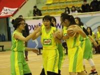 Giải bóng rổ cấp THPT TP. Hà Nội: Tuyển nữ nối dài mạch thắng