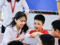 Những kỉ niệm khó phai của các em học sinh khối 6 trường Nguyễn Tất Thành trong ngày đầu tiên tới trường