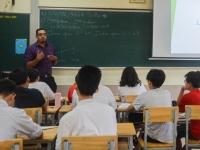 Cùng học sinh ngôi trường mang tên Bác trải nghiệm lớp Tiếng Anh hè 2020