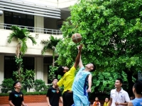 Nguyễn Tất Thành vs Raffles Institution: Trận bóng đậm tình hữu nghị