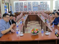 Đón chào những người bạn đến từ Quốc đảo Singapore trước thềm ngày Nhà giáo Việt Nam 20-11