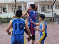 Đội tuyển bóng rổ trường Nguyễn Tất Thành chiến thắng áp đảo tại vòng loại Bóng rổ cấp THCS