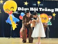Trung thu ý nghĩa của con em cán bộ, giáo viên trường THCS và THPT Nguyễn Tất Thành