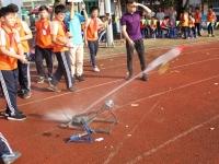 Cuộc thi bắn tên lửa nước cấp trường: Nâng cánh ước mơ nghiên cứu khoa học