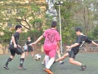 Giải Bóng đá khối THCS: Trận đấu của nhiệt huyết tuổi trẻ