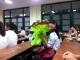 Này, tớ tự hào khi cùng lớp với các cậu lắm đấy!